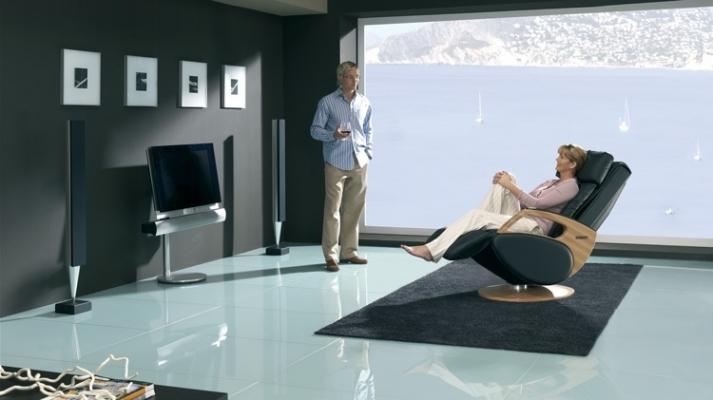 ghe spa tot 2 713x400 - Giới thiệu Ghế Massage – Chăm sóc sức khỏe gia đình bạn