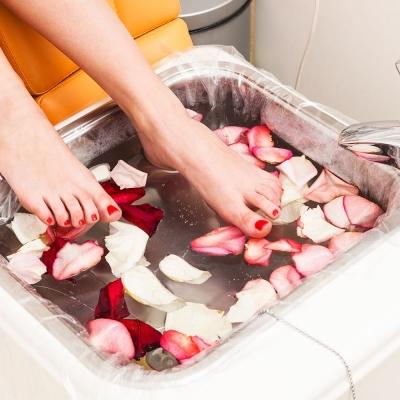Trước khi làm Pedicure khách hàng không nên cạo lông chân